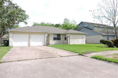 Missouri City Single Family Home For Sale: 7002 Castleview Lane