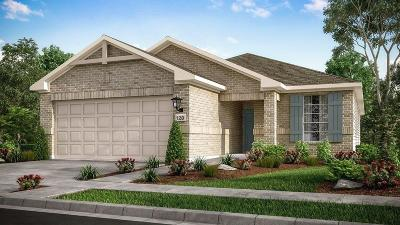 Cypress TX Single Family Home For Sale: $249,400