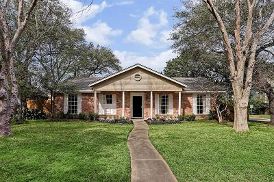 Houston Single Family Home For Sale: 13822 Britoak Lane