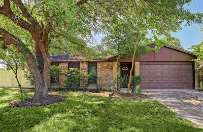 Houston Single Family Home For Sale: 14010 Hollow Pines Court
