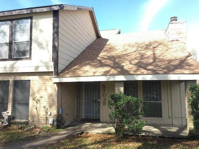 Houston TX Condo/Townhouse For Sale: $65,000