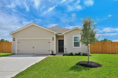 Magnolia Single Family Home For Sale: 25069 Authors Drive