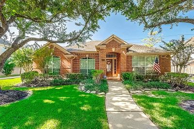 Sugar Land Single Family Home For Sale: 4222 Merriweather Street