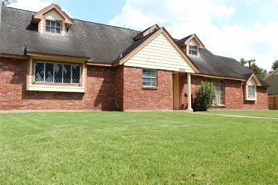 Pasadena Single Family Home For Sale: 2303 Fenwood Drive