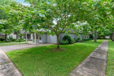 Columbus Single Family Home For Sale: 1203 Live Oak Street