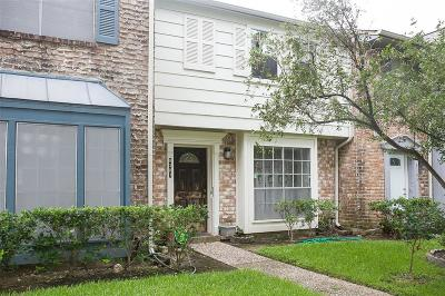 Houston Condo/Townhouse For Sale: 8307 Ariel Street