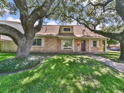Pasadena Single Family Home For Sale: 2707 Burke Road