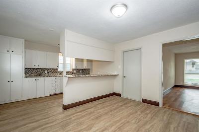 Single Family Home For Sale: 14106 Brownwood Street