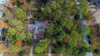 Houston Single Family Home For Sale: 3920 Brookwoods Drive