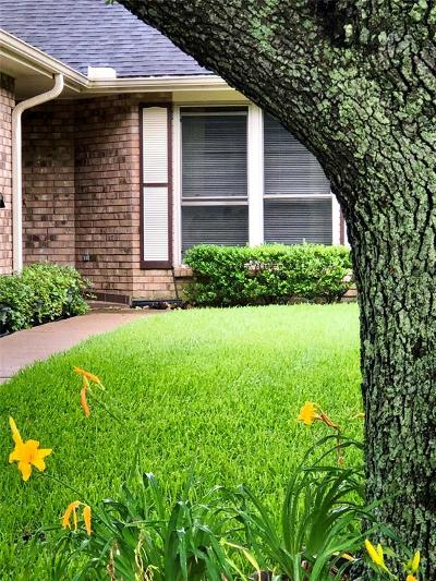 Pearland Condo/Townhouse For Sale: 3622 Teakwood Drive