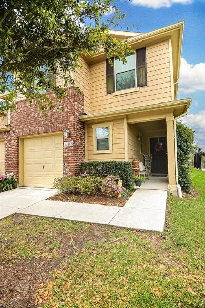 Tomball Condo/Townhouse For Sale: 12109 Martin Creek Lane
