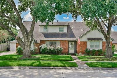 Pasadena Single Family Home For Sale: 2502 Valley Forge Drive