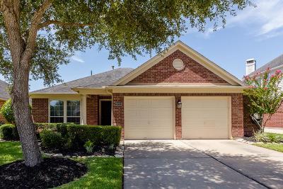 Richmond Single Family Home For Sale: 3831 Carters Lake Drive