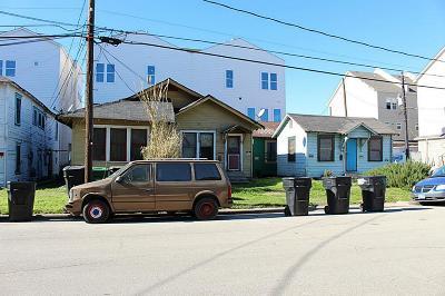 Houston Multi Family Home For Sale: 2702 St Emanuel Street