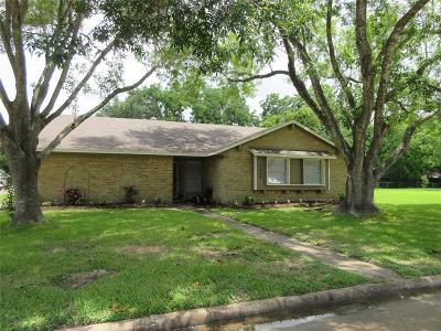 Pearland Single Family Home For Sale: 5405 Leggett Lane