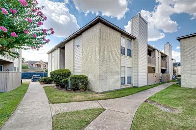 Pasadena Condo/Townhouse For Sale: 3919 Fairmont Parkway #132