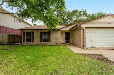 Houston Single Family Home For Sale: 5202 Santrey Drive