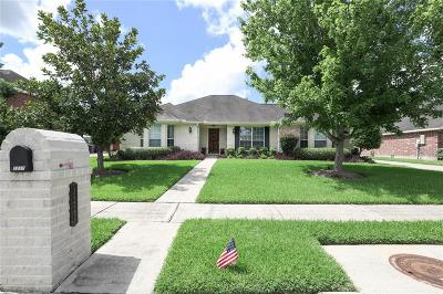 League City Single Family Home For Sale: 2227 N Winecup Lane W