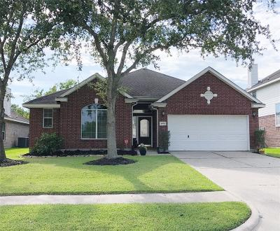 League City Single Family Home For Sale: 4508 Grove Park Drive