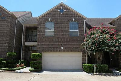 Houston Single Family Home For Sale: 4746 Post Oak Timber Drive #35