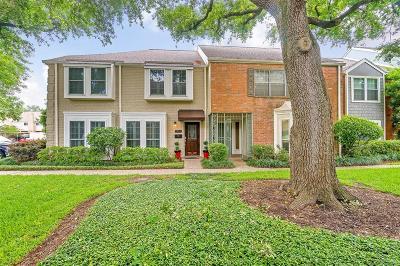 Houston Condo/Townhouse For Sale: 1553 W Sam Houston Parkway S