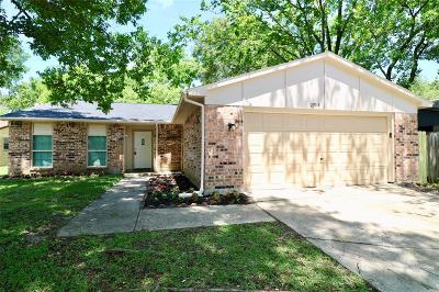 Spring Single Family Home For Sale: 22914 Millgate Drive