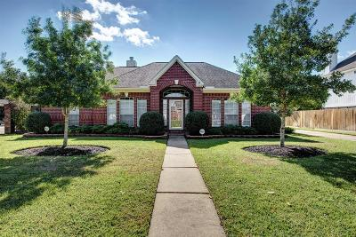 Sugar land Single Family Home For Sale: 14307 Strutton Drive