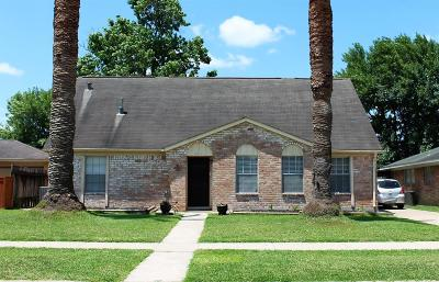 La Porte Single Family Home For Sale: 8415 Collingdale Road