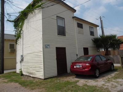 Galveston Rental For Rent: 2115 Broadway #REAR