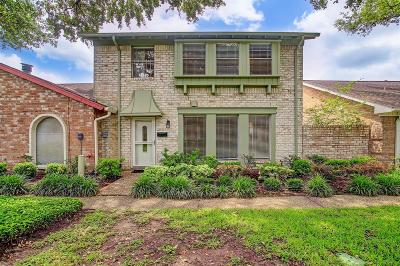 Houston Condo/Townhouse For Sale: 3016 Gessner Road