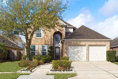 Pearland Single Family Home For Sale: 2106 Breezeway Lane