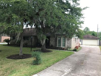 Pearland Single Family Home For Sale: 2511 Taylor