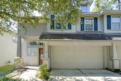 The Woodlands Condo/Townhouse For Sale: 138 W Burberry Circle