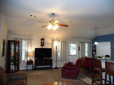 Willis Single Family Home For Sale: 5644 S Buffalo Circle