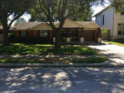 Bellaire Single Family Home For Sale: 4305 Compton Circle