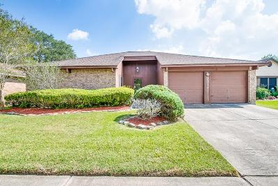 Friendswood Single Family Home For Sale: 2311 Leading Edge Drive