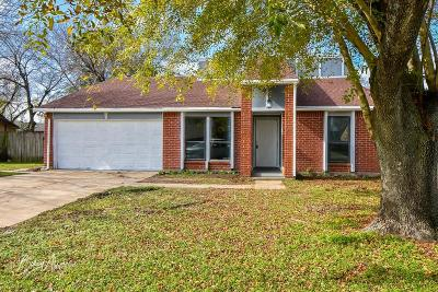 Galveston County, Harris County Single Family Home For Sale: 14011 Whispering Palms Drive