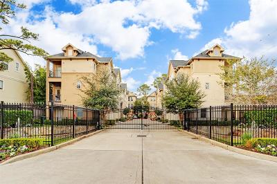 Houston Condo/Townhouse For Sale: 1313 Bobbitt Place Lane