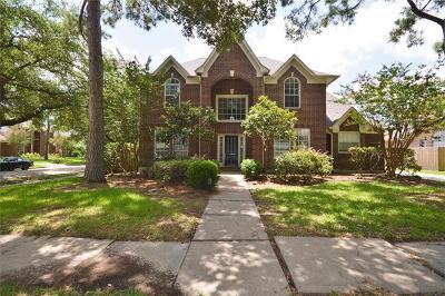 League City Single Family Home For Sale: 2214 Fairwater Park Drive