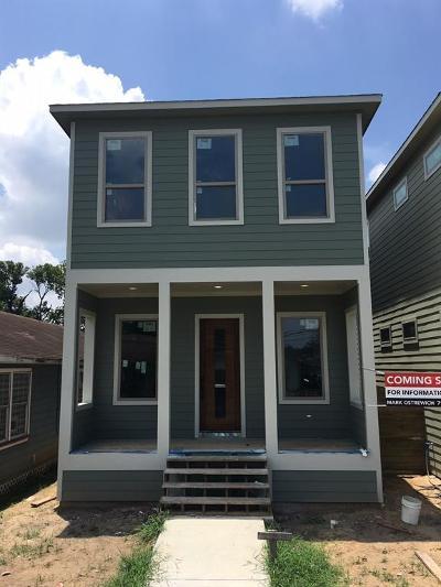 Houston Single Family Home For Sale: 208 E 31st 1/2 Street #B
