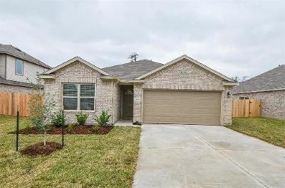 Conroe Single Family Home For Sale: 1833 Red Cedar Court