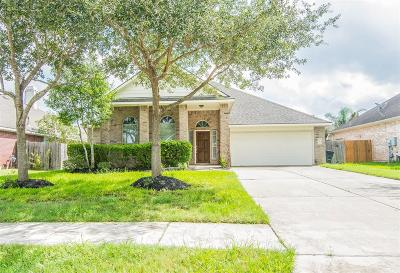 League City Single Family Home For Sale: 408 Magnolia Way