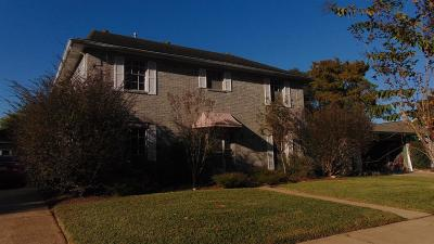 Single Family Home For Sale: 15719 Cavendish Drive