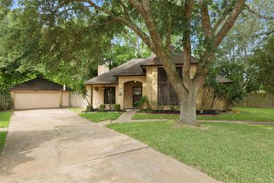 League City TX Single Family Home For Sale: $199,000