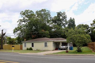 Navasota Single Family Home For Sale: 520 E Blackshear Street Street
