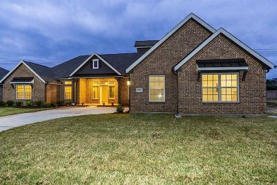 Single Family Home For Sale: 6915 Vista Ledge Drive