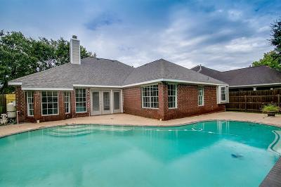 Friendswood Single Family Home For Sale: 16015 Biscayne Shoals Drive
