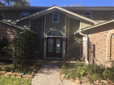 Houston Single Family Home For Sale: 10711 Shady River Drive
