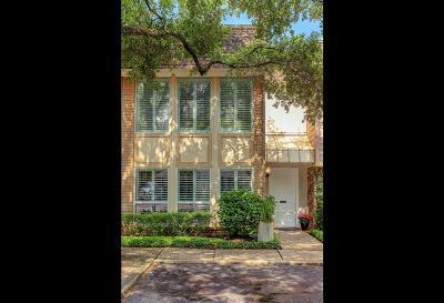 Galveston County, Harris County Condo/Townhouse For Sale: 8976 Chatsworth Drive
