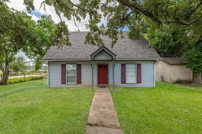 Rosenberg Single Family Home For Sale: 2420 Avenue C